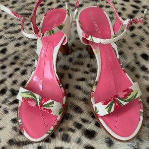 Nine West pink floral sandals